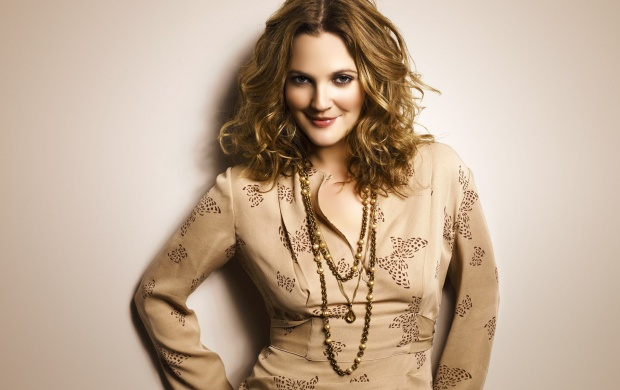 Drew Barrymore In Kurta (click to view)
