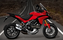 Ducati Multistrada 1200 S Red