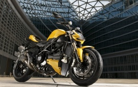 Ducati Streetfighter 848 First Look