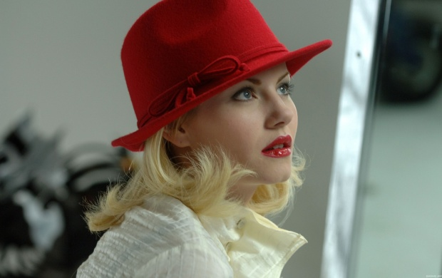 Elisha Cuthbert Red Cap (click to view)