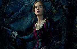 Emily Blunt In Into The Woods 2014
