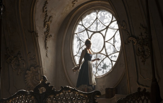 Emma Watson In Beauty And The Beast 2017 (click to view)