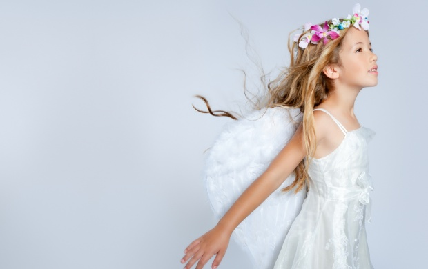 Fairy Girl With Blonde Long Hair (click to view)