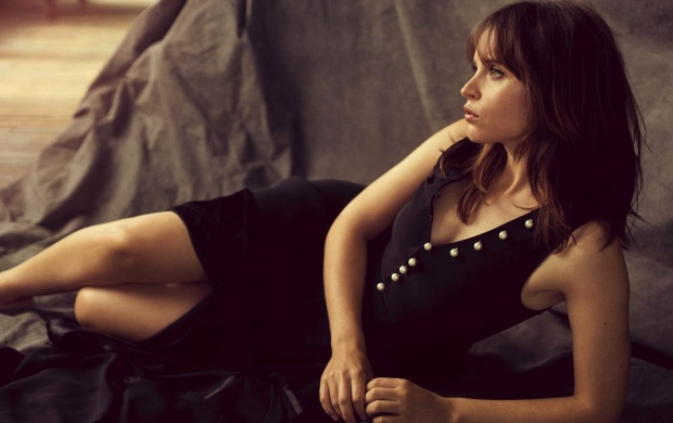 Felicity Jones The Hollywood Reporter 2016 (click to view)
