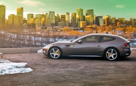 Ferrari FF Parking