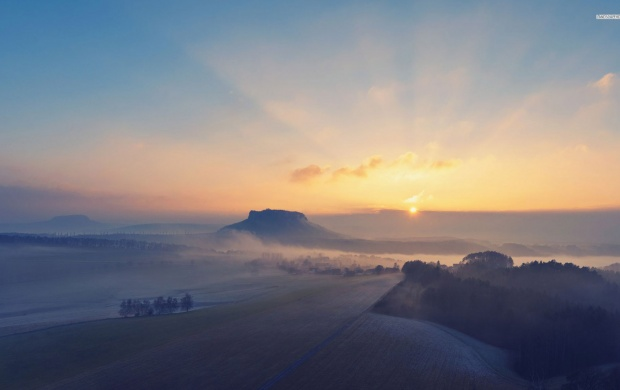 Foggy Sunrise Over the Hills (click to view)