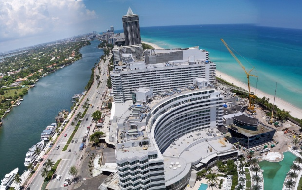 Fontainebleau Miami Beach (click to view)