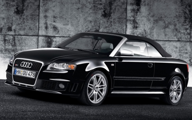 front Wall Audi RS4 black (click to view)