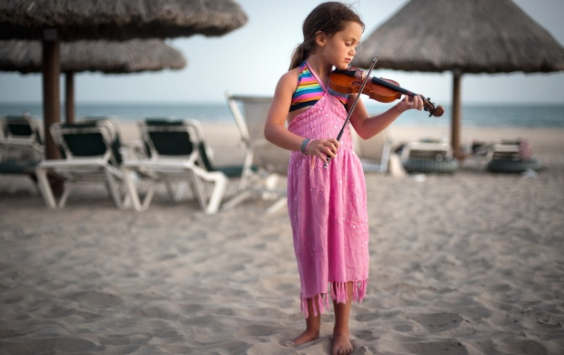 Girl With Violin (click to view)