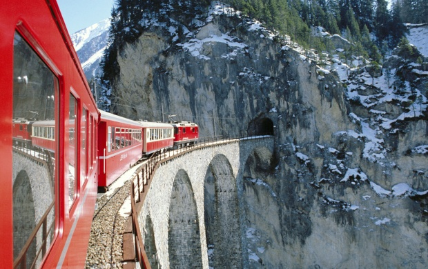 Glacier Express Grisons Switzerland (click to view)