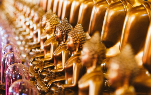 Golden Idols Lord Buddha (click to view)