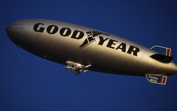 Good Year Zeppelin (click to view)
