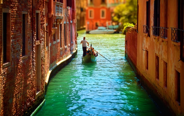 Great Venice In Italy (click to view)