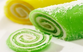 Green And Yellow Sweet Fruit Jelly