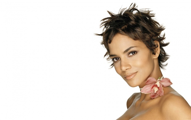 Halle With Flower (click to view)
