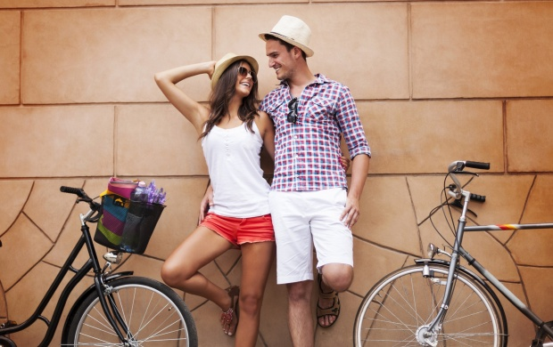 Happiness Couple With Bicycles (click to view)