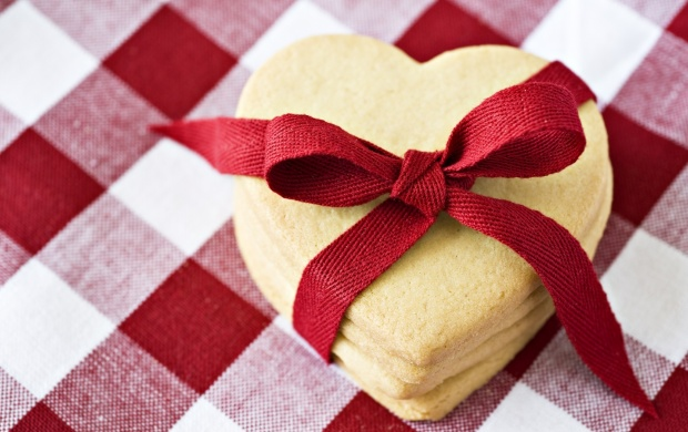 Heart Shaped Cookies With Red Ribbon (click to view)
