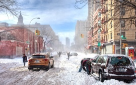 Heavy Snow on New York Streets