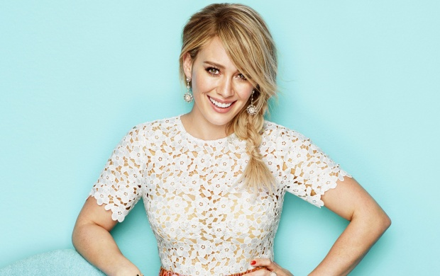 Hilary Duff Redbook 2015 (click to view)