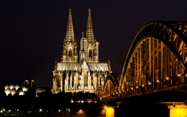 Hohenzollern Bridge Night Light