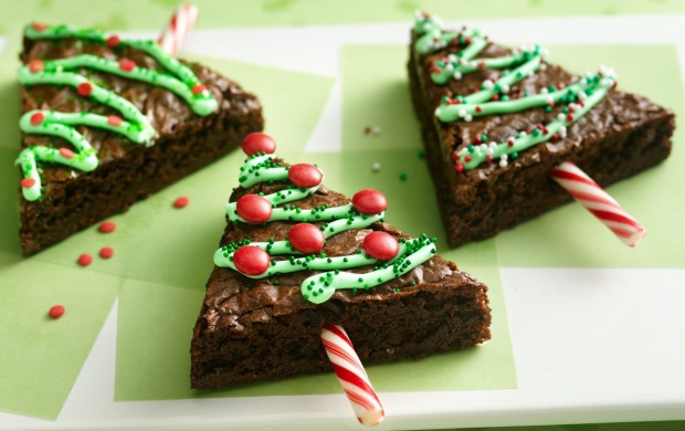 Holiday Tree Brownies Recipe (click to view)