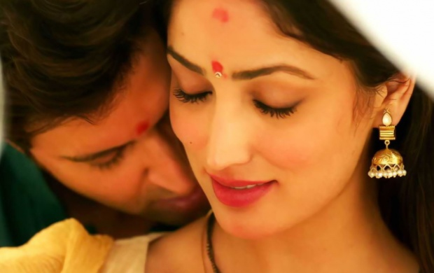 Hrithik Roshan And Yami Gautam In Kaabil 2017 (click to view)