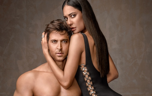 Hrithik Roshan Lisa Haydon Vogue (click to view)
