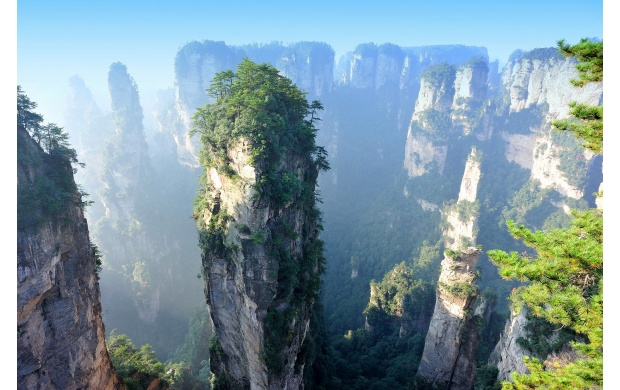 Huge Cliffs in China (click to view)