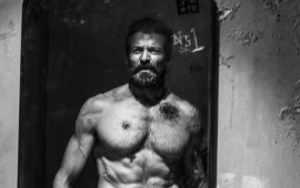 Hugh Jackman Shirtless In Logan