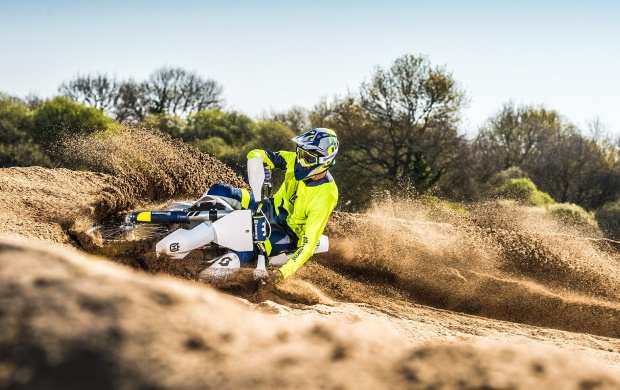 Husqvarna TC 250 First Riding 2016 Wallpapers