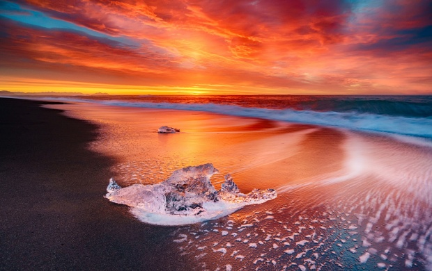 Ice Beach Sunset (click to view)