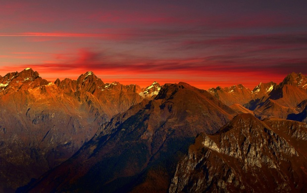 Italy Mountains Glow (click to view)