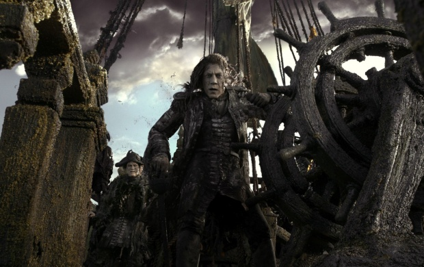 Javier Bardem In Pirates Of The Caribbean Dead Men Tell No Tales 2017 (click to view)