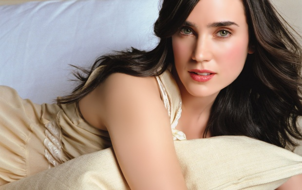 Jennifer Connelly (click to view)