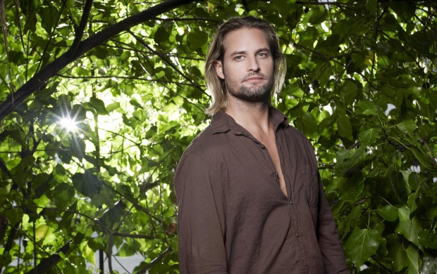 Josh Holloway (click to view)