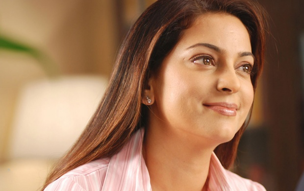 Juhi Chawla Bollywood (click to view)