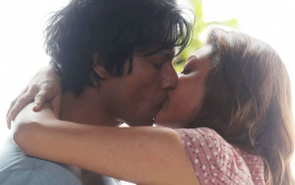 Kajal Kiss With Randeep In Do Lafzon Ki Kahani