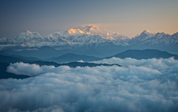 Kanchenjunga The Himalayas (click to view)