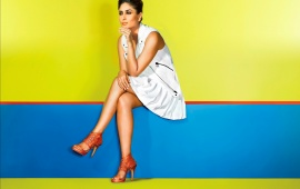 Kareena Kapoor In A White Dress