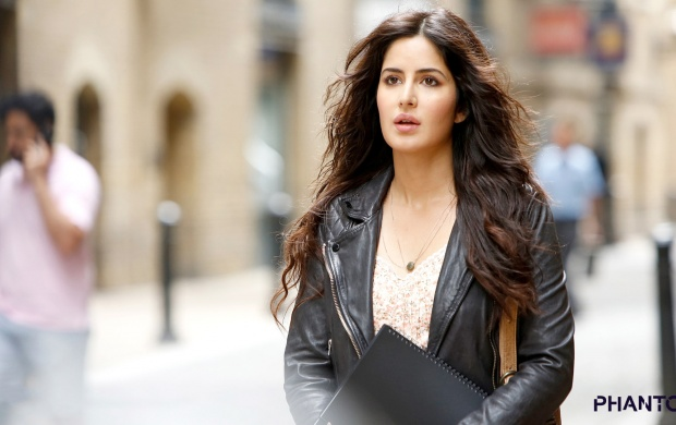 Katrina Kaif As Nawaz Mistry Phantom (click to view)