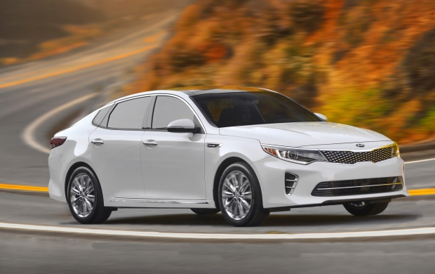 Kia Optima SXL 2016 (click to view)