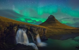 Kirkjufell At Night In Snaefellsnes Iceland