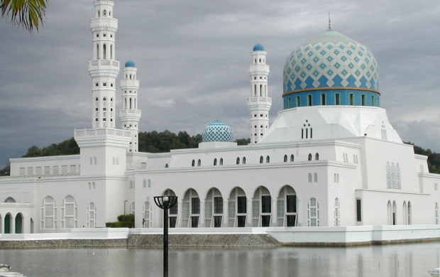 Kota Kinabalu City Mosque (click to view)