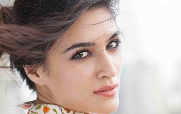 Kriti Sanon 2015 (click to view)