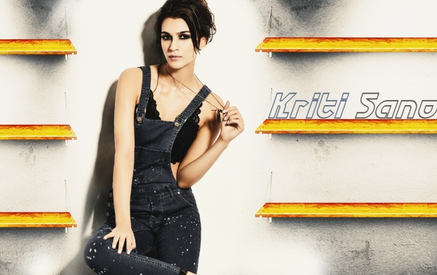 Kriti Sanon CineBlitz Magazine February 2017 (click to view)
