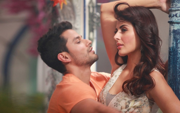 Kunal Khemu And Mandana Karimi Bhaag Johnny (click to view)