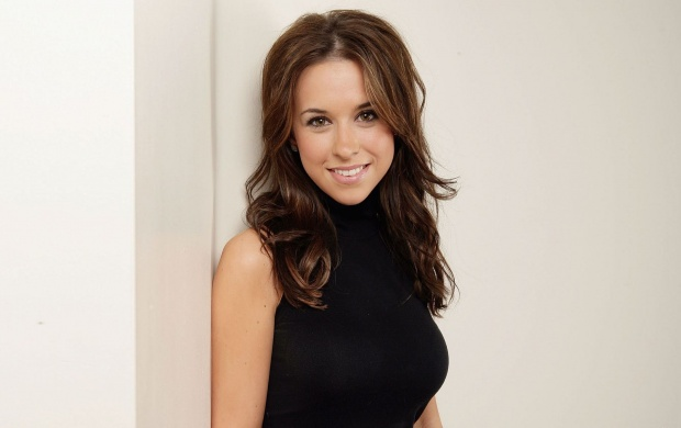 Lacey Chabert (click to view)