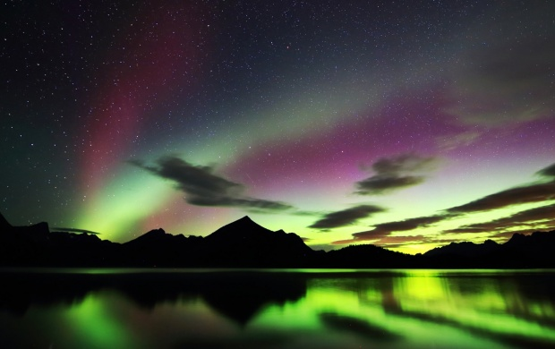 Lake Kananaskis Alberta Canada Lights (click to view)