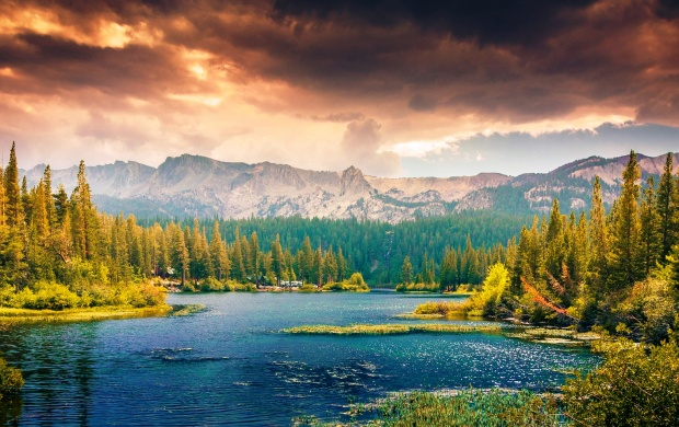 Lake Mountains Forest Trees (click to view)