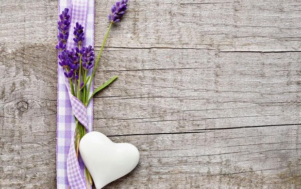 Lavender Flowers Heart (click to view)